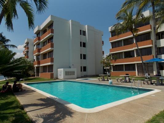 Vendo Apartamento Res. Flamingo. Lecheria. 2 Habitaciones. 87m2