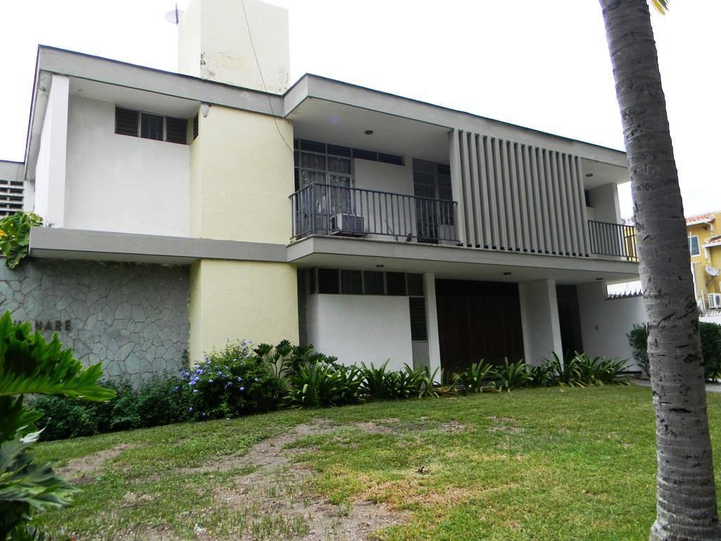 Quinta en Venta en Urbanizacion Cantarana Hotel Maracay