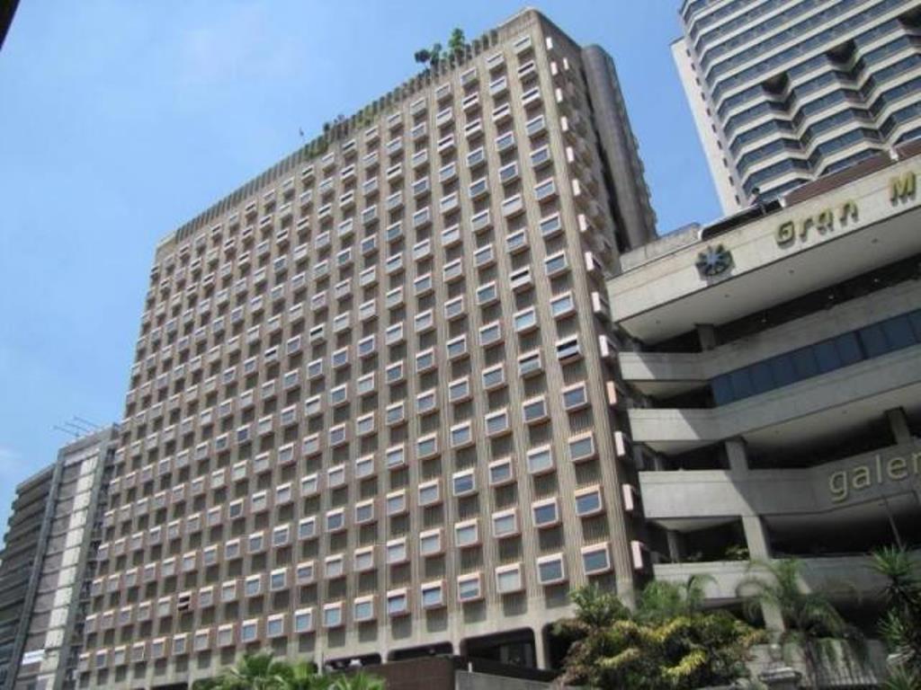 RAH 163098 Oficina en Alquiler El Recreo