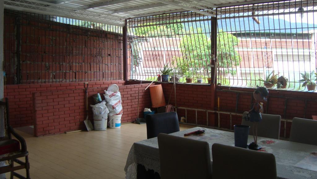 Vendo casa en trapichito Guarenas