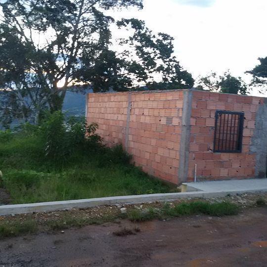EN VENTA parcela facil para construir en SAN RAFAEL de Cordero