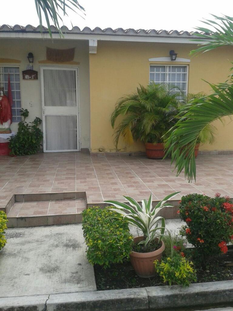 Vendo Casa en La Urb. Agua Clara Conjunto Cerrado Cerca de La Entrada de La Urbanizacion