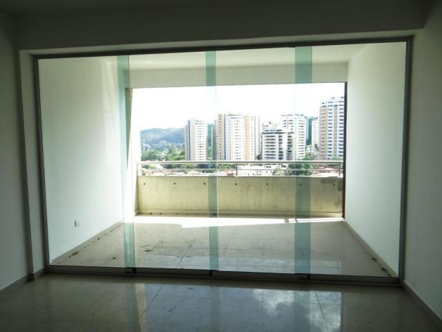 RentAHouse Vende amplio apartamento en el Parral