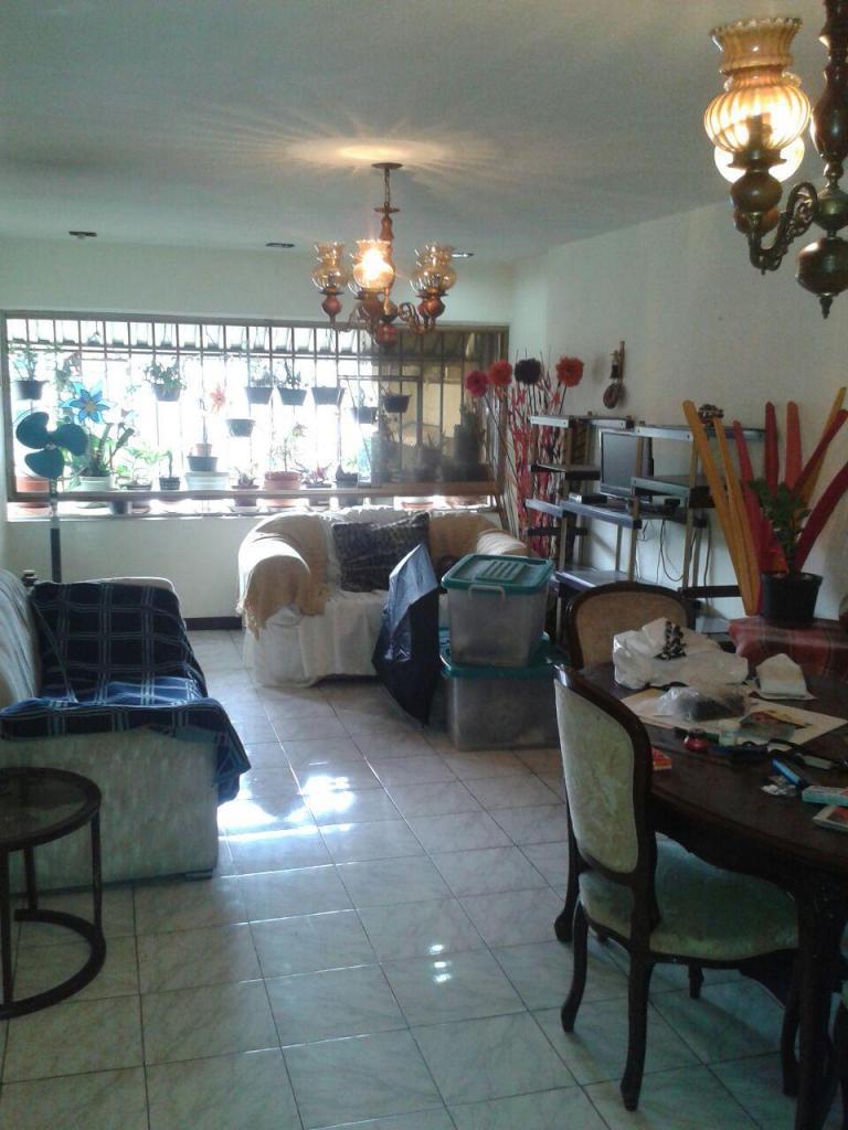 En venta apartamento en La Candelaria. Libertador.