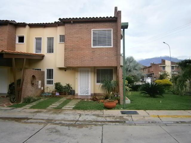 Townhouse Villa San Diego - Brick7 Propiedad