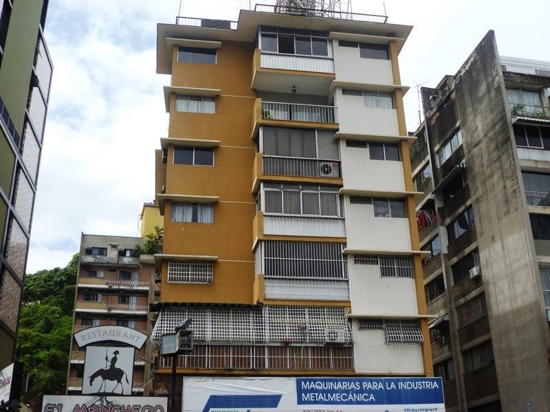 Céntrico apartamento Colinas de bello monte 48 mts