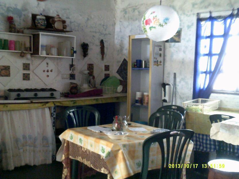 Cabaña a 5 min de Plaza Bolivar de Merida, SOLO Familias Turistas con Estacionam. opcional. WIFI, Capac. 2 a 7 personas