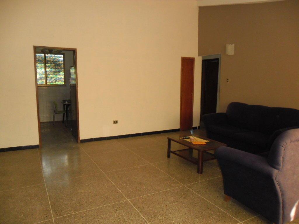 Comodo Apartamento en venta MLS 1614726