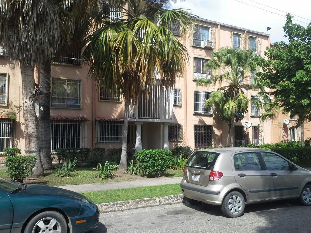 Vendo Apartamento en Urbanizaciòn La Pradera, San Joaquin