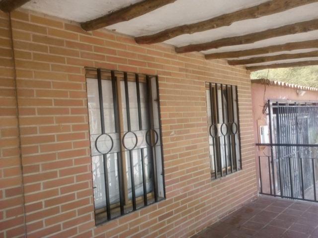 bella casa en venta en la isla de margarita ideal para vivienda o proyecto turistico/restaurant