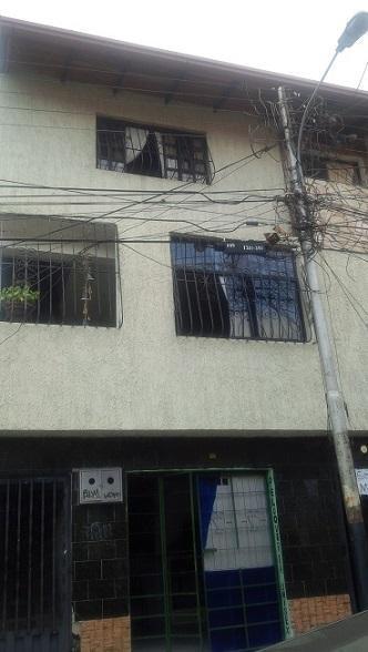 RAFABIENES C.A. Vende Apartamento En Ejido Calle Jauregui