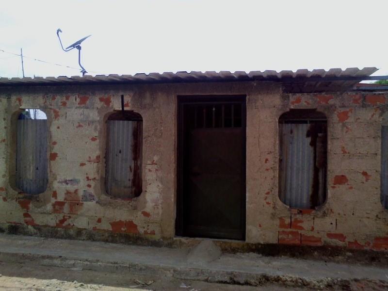 casa en Pueblo nuevo se vende o cambia