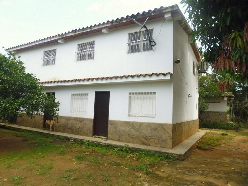 Cod. 259 Extraordinaria oportunidad de inversion, Mini Finca en Barrera de 3.250 M² de terreno