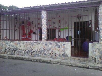 VENDO COMODA CASA EN AGUAS CALIENTES MUNICIPIO  BUENA UBICACION