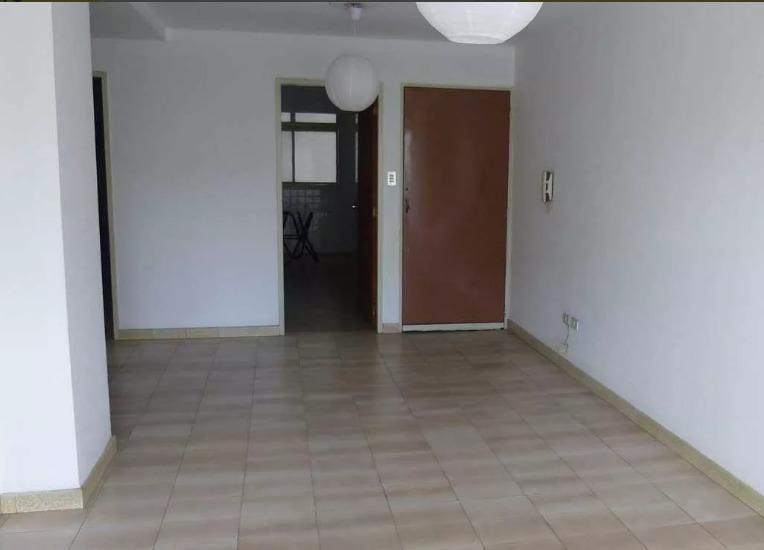 Apartamento en venta en AV Universidad