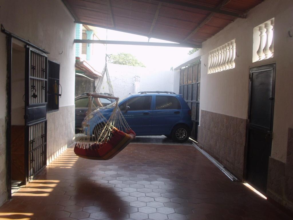 Casa en Fco de Miranda, Calle pricipal Esquina. 142mts2