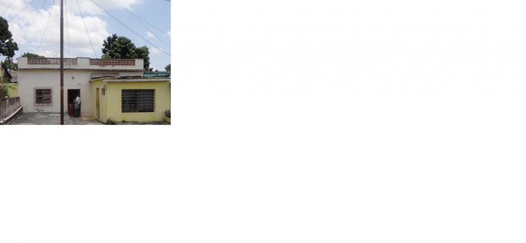 Vendo Casa/Negocio. Genera bs, ideal para comercio