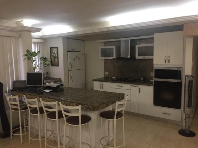 Apartamento en Venta piso bajo Monte Bello  177701