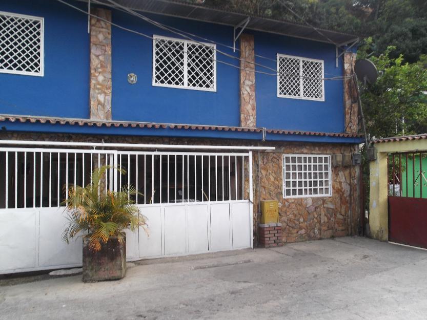 Casa de 2 Plantas TERRENO PROPIO