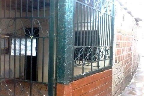 se vende casa en guatire el milagro!!