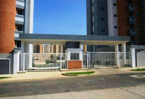 Apartamento En Res. Puerta Real
