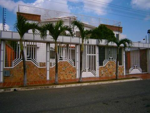 Casa en Venta Chalet Country  Estado  RentAHouse Codflex 177379