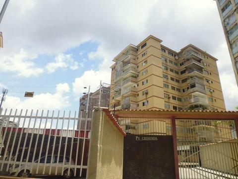 Cod 277. Bello Y Centrico Apartamento En La Av Bolívar Norte, Sector El Camoruco