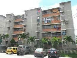 Vendo cómodo apartamento tipo estudio en Guatire Urb. Parque Alto, Estado