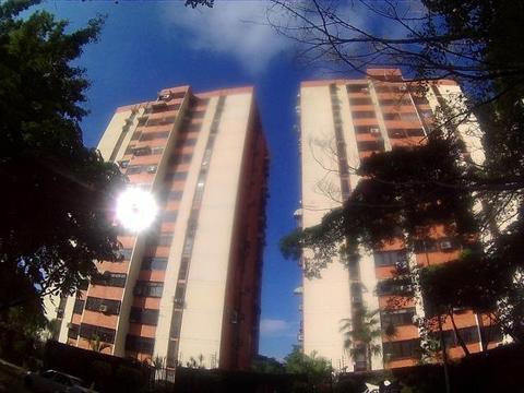 Se Vende Bellisimo Apartamento en Maracay 1713197