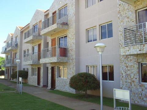 Hermoso apartamento en villa cerrada, ubicado en la Zona norte de la ciudad. MLS 176196