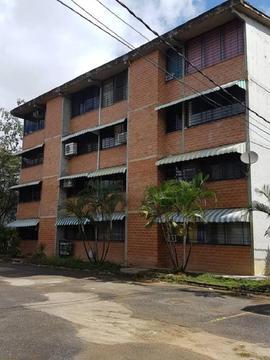 Bonito Apartamento Ubicado en Ciudad Casarapa