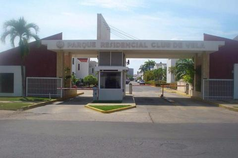 VENDO CASA EN CLUB DE VELA. LECHERIA