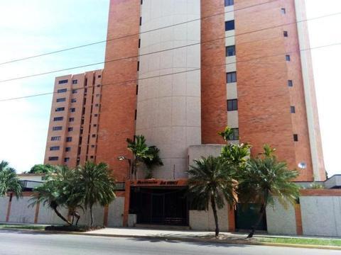 Espectacular Apartamento Alquiler En Tierra Negra MLS 18509