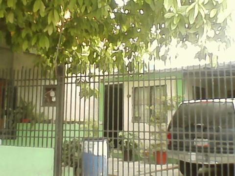 SE VENDE EN CHIVACOA REMATE