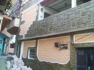 Apartamento en casa Multifamiliar de 75 Mts cuadrados 2 Hab, Sala, Comedor, Cocina y 1 Baño