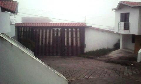 SE VENDE HEERMOSA QUINTA EN URB. PRIVADA EN LA LAGUNA DE PALMIRA!!!!!