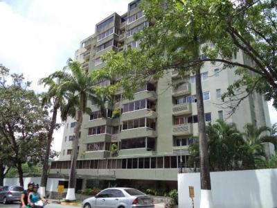 iH Vende Apartamento La Viña Edo.  Codigo 291844