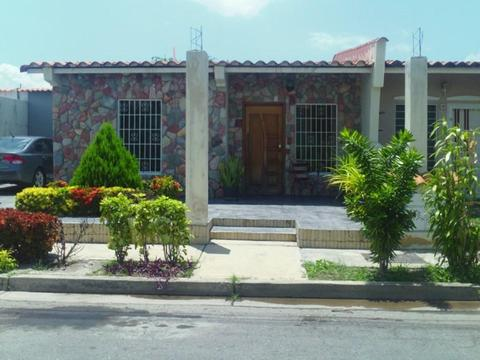 Bella Casa en Urb. Privada en Ciudad Alianza wasi_704691 remaxcaproinco