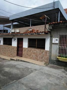 Av. Principal La Mora II, parcela 11,14, La Victoria