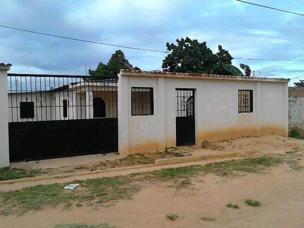 Vendo casa entrada Chaguaramos