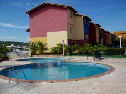 Alquilo Town House con Muelle Res. Villas Martinique. Lecheria. 3 Habitaciones