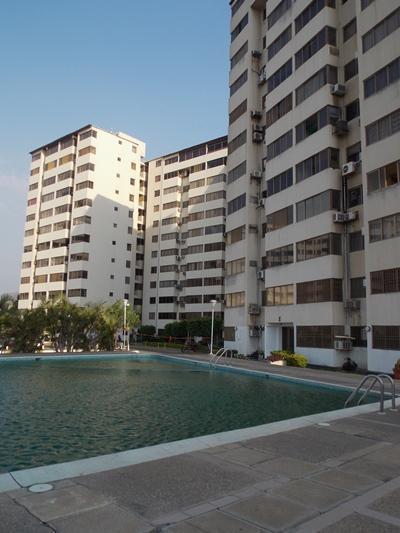 Vendo Apartamento PB Amoblado Res. Arabella. Lecheria. 1 Habitación