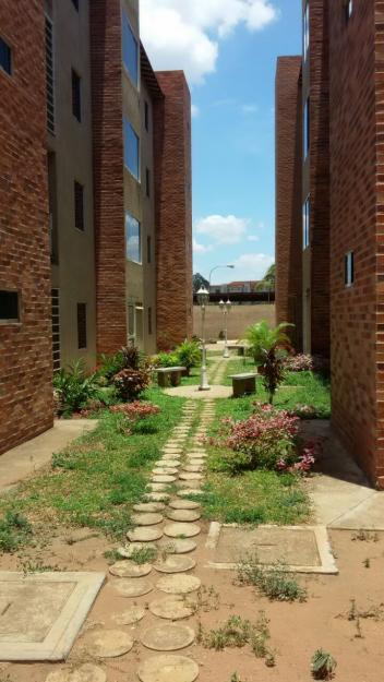 A la venta Apartamento en nuevo conjunto residencial, San Lorenzo. Av. paseo caroni