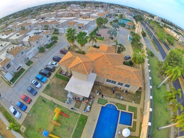 Hermosas Villas En La Zona Norte