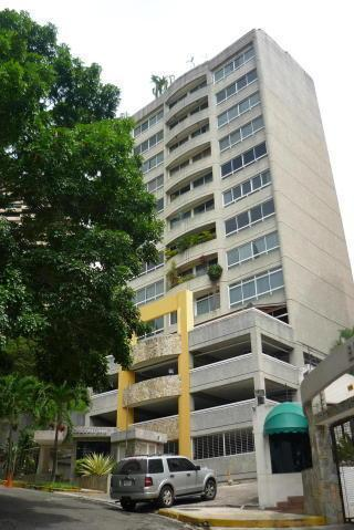 Apartamento en venta en  el Parral , cuenta con 4 habitaciones , 4 baños , 220 Mt2 , CODIGO FLEX: 168206