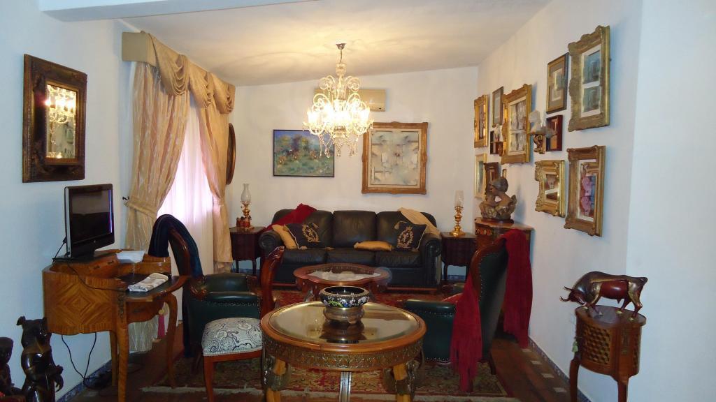 Vendo Hermosa casa, con amplias áreas verdes, ubicada en Juanico Oeste