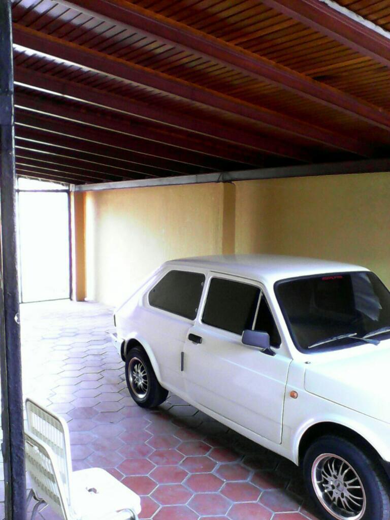 Vendo casa quinta consta de 5 habitaciones 3 baños sala cocina comedor estacionamiento